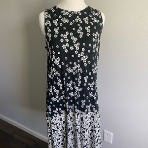 Black and white floral dress by Loft. Size small